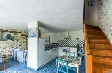 maison 8 pieces le-poire-sur-vie 85170 2