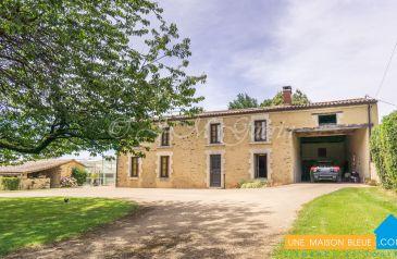 maison 9 pieces la-roche-sur-yon 85000